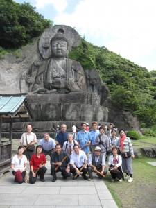 日本寺(鋸山)の大仏像の前で献笛のあと